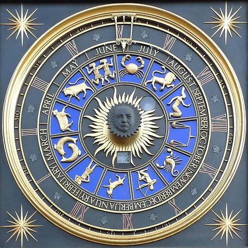 Qu'on y croit ou non, on regarde tous au moins une fois dans notre vie l'horoscope!