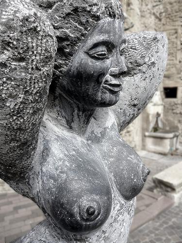 Buste de statue de femme