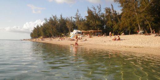 La plage du lagon à l'Ermitage