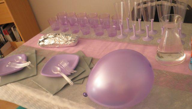 Ma table est prête à recevoir mes copines pour la baby shower!