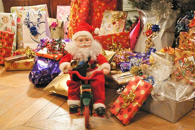 Les cadeaux de Noël, une plaie quand on s'y sent obligé et sans idée...
