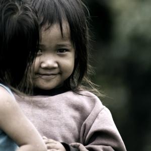 Une jolie enfant asiatique