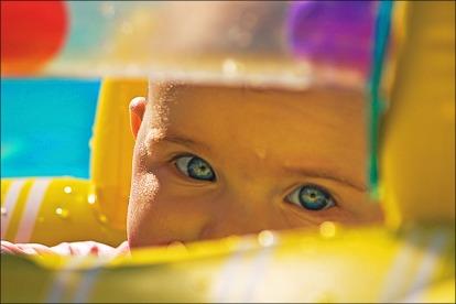 piscine-bebe-nageur
