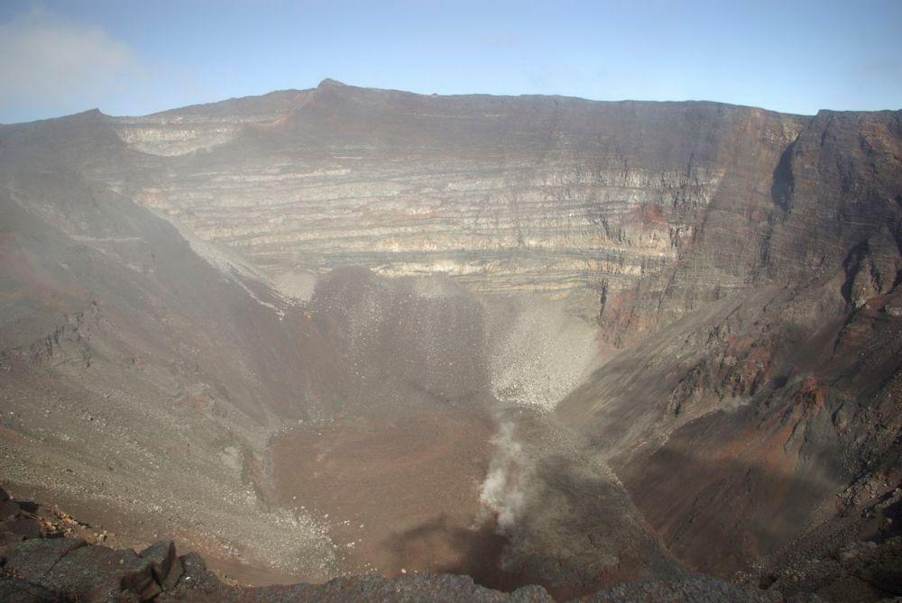Le cratère de la Fournaise