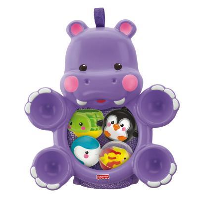 L'hippo à qui elle fait des calins!
