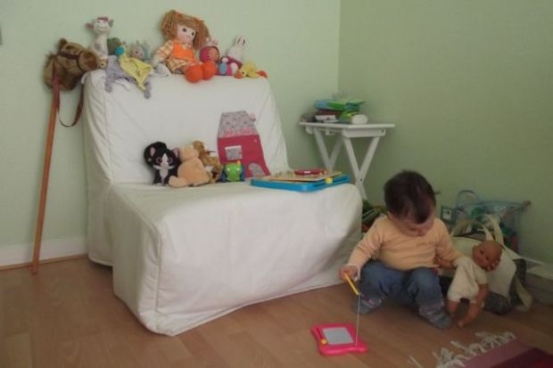 Avoir sa chambre a compte working girl to working mum for Coin bebe chambre parents