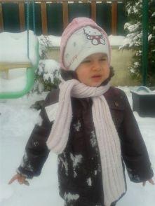 Bébé sous la neige