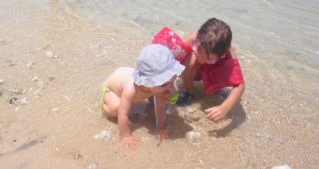 Les deux cousines à la plage