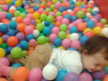 salondesmomes, pisicne à boules