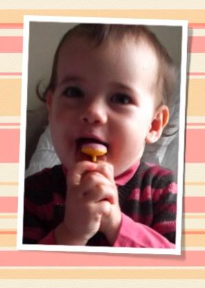 bebe aime les sucettes