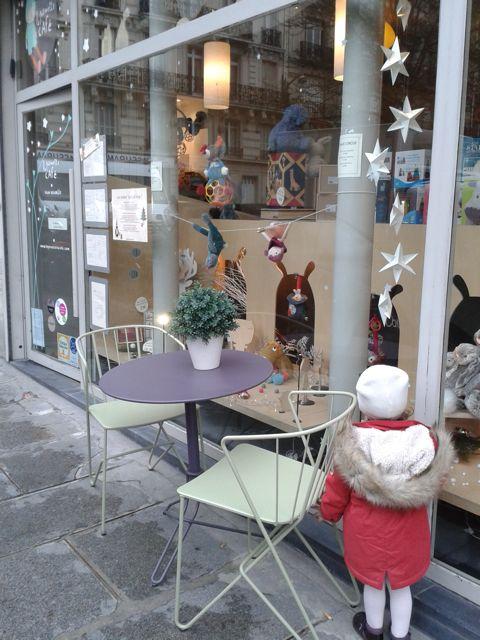 poussettecafe-paris-vitrine